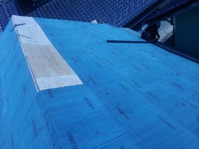 長野県飯島町蔵屋根葺き替えルーフィング貼り5