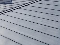 トタン屋根の施工前です