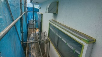 塩尻市屋根カバー外壁塗装養生1