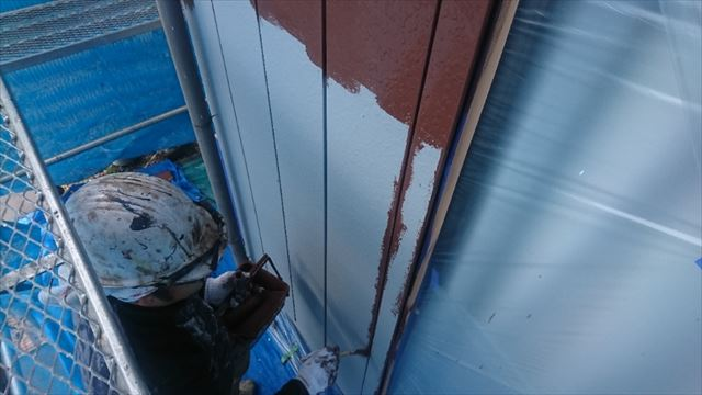 駒ヶ根市外壁塗装金属中塗り2