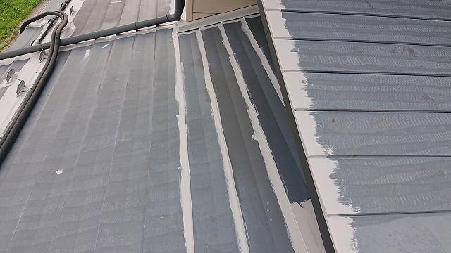 駒ケ根市トタン屋根下塗り2
