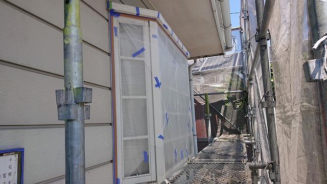 長野県駒ケ根市【遮熱塗料】外壁塗装工事 下塗り作業が開始されました。
