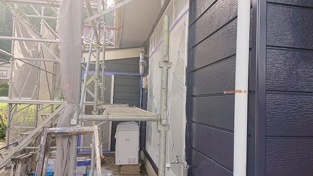 駒ケ根市下平外壁塗装中塗り7
