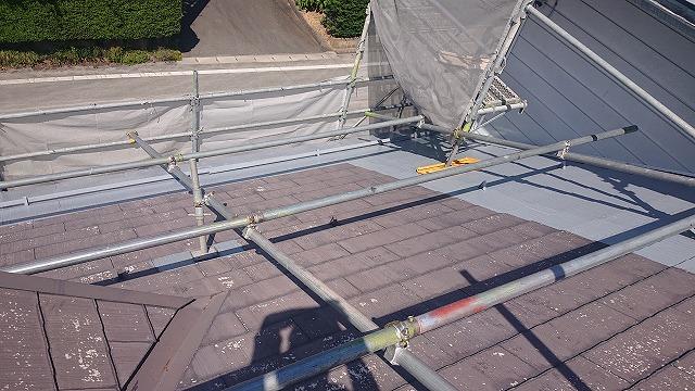駒ケ根市コロニアル塗装下塗り4