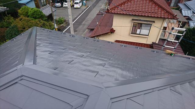 飯田市鼎 トタン屋根塗装ウッドピース完成2