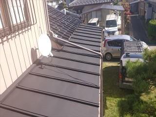 長野県駒ケ根市トタン屋根下塗り3