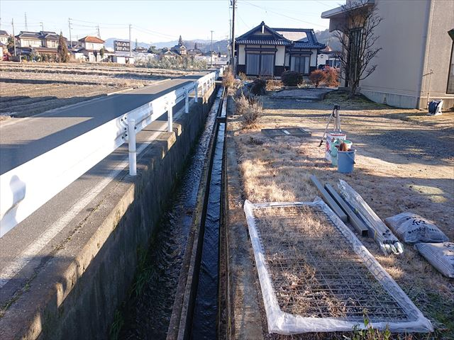 長野県飯田市松尾フェンス1