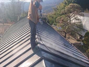 長野県下條村トタン屋根洗浄7