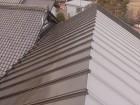 長野県下條村トタン屋根中塗り3
