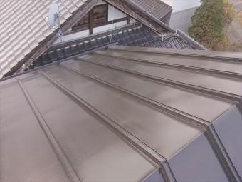 長野県下條村トタン屋根上塗り1