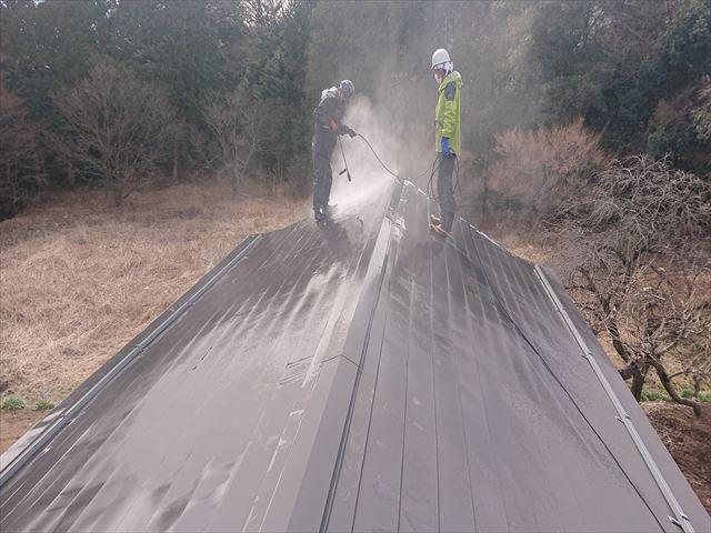 下條村白錆屋根塗装洗浄3