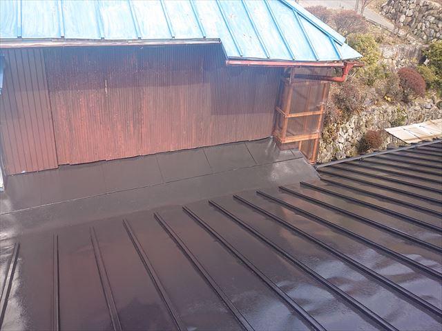 大瀬木トタン屋根上塗り6