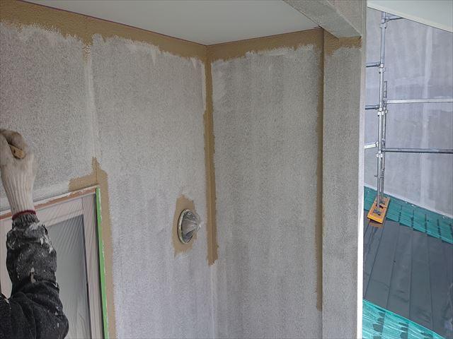 下條村外壁中塗り2