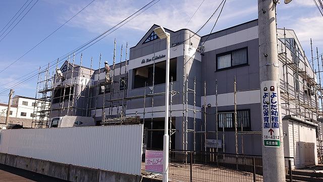 塩尻市アパート外壁足場10