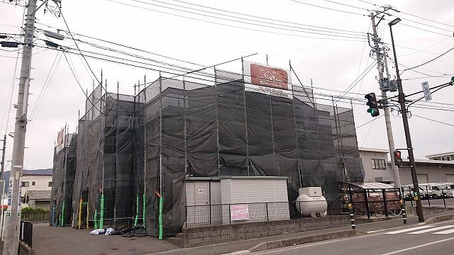 塩尻市アパート外壁足場13