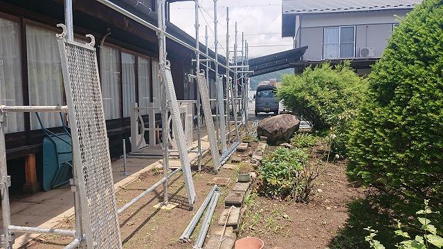 飯田市大瀬木金属瓦足場2