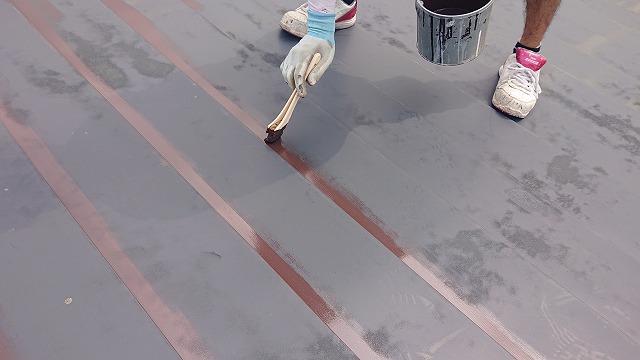 飯田市北方屋根外壁塗装 屋根中塗り2