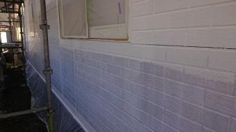 飯田市北方外壁塗中塗り作業2