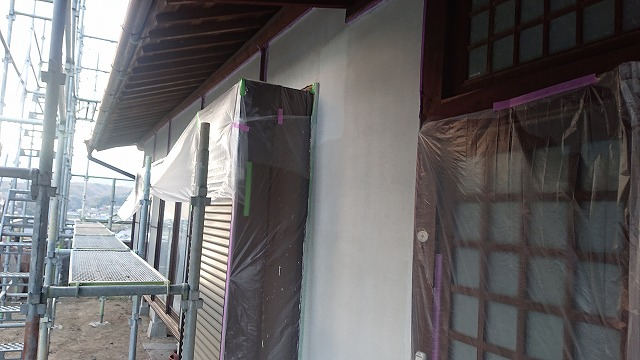 飯田市下久堅外壁塗装下塗り2