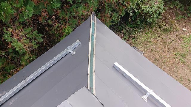 飯田市北方屋根葺き替え塗装下塗り1