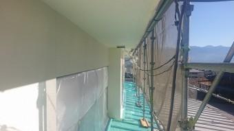 松川町外壁塗装上塗り4