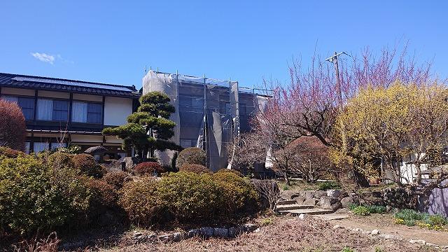 松川町外壁とトタン屋根塗装足場7