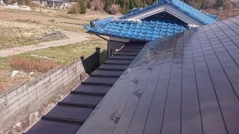 中川村トタン屋根塗装上塗り1