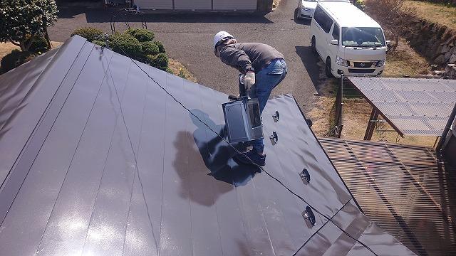 中川村トタン屋根塗装上塗り2