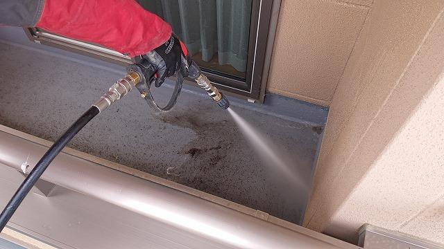 松川町サンワ外壁塗装洗浄作業2