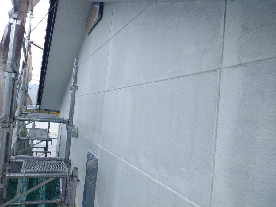 長野県駒ヶ根市赤穂ALC外壁塗装下塗り1