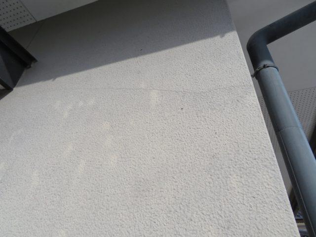 外壁塗装施工前クラックです