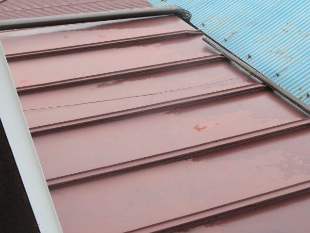 高森町M様邸屋根塗装工事の様子です