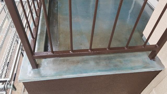 ウレタン防水施工開始です。プライマー塗布しました②