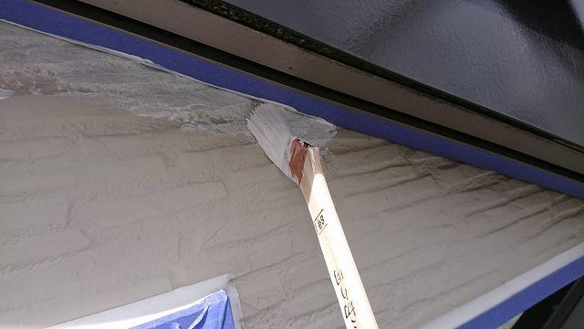 外壁の下塗り開始です②