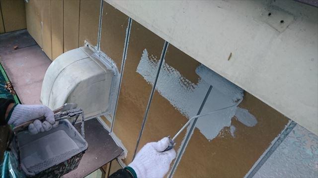 駒ヶ根市金属外壁下塗り4