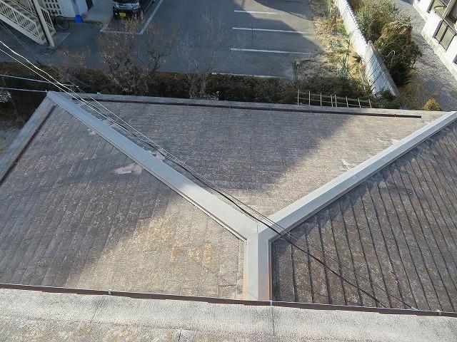 屋根の現場調査をしました