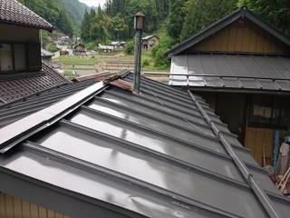 飯田市上村トタン屋根完成1