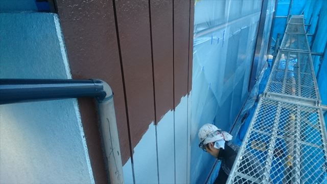 駒ヶ根市外壁塗装金属中塗り1