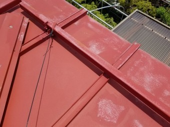 塗装前のトタン屋根です①